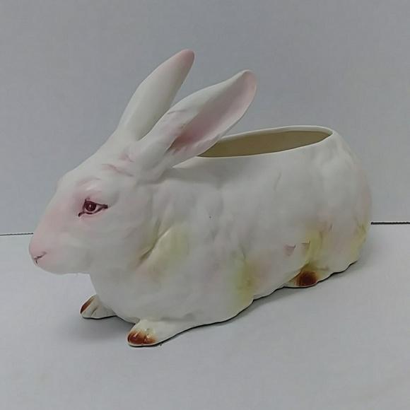 Lefton Other - BOGO ITEM❗Lefton ceramic bunny rabbit planter